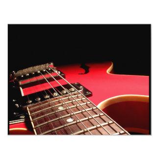Guitarra elétrica vermelha convite 10.79 x 13.97cm