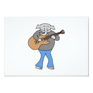 Guitarrista. Elefante que joga a guitarra elétrica Convite 8.89 X 12.7cm