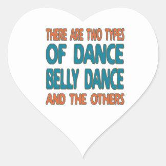 Há dois tipos de dança do ventre da dança e do o adesivo em forma de coração