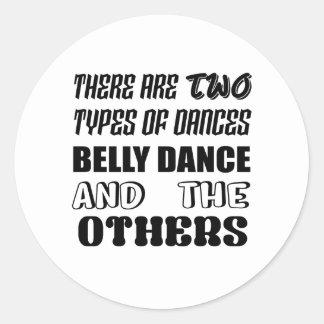 Há dois tipos de dança do ventre e de othe da adesivo redondo