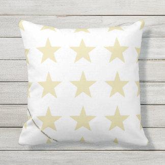 HAMbyWG - travesseiro   - estrelas bege no branco Almofada Para Ambientes Externos
