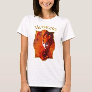 Harlequin na laranja no carnaval de Veneza Camiseta