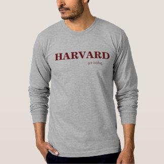 HARVARD apenas que caçoa a camisa Borgonha de T em