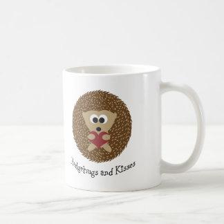 Hedgehugs e ouriço dos beijos caneca de café