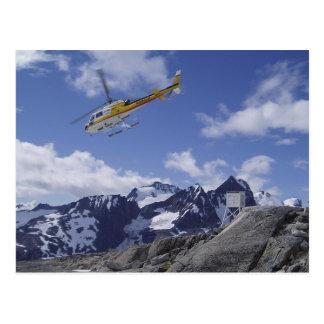 Helicóptero no cartão de Juneau Icefield