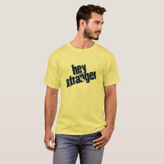 Hey camisa mais estranha