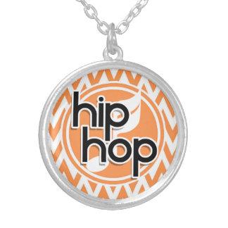 Hip Hop Chevron alaranjado e branco Colares