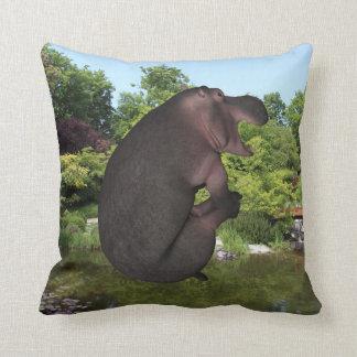 Hipopótamo da bala de canhão almofada