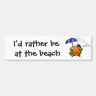 Hipopótamo engraçado na praia adesivo para carro