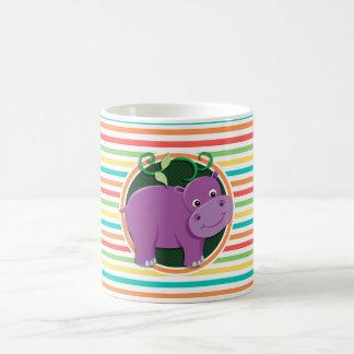 Hipopótamo Listras brilhantes do arco-íris Caneca