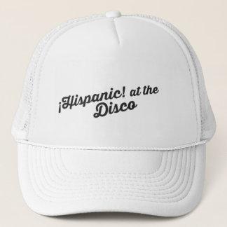 Hispânico! no boné do disco