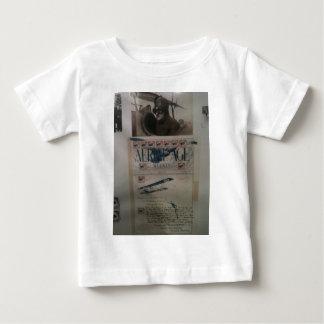 História da aviação da letra do vintage camiseta para bebê