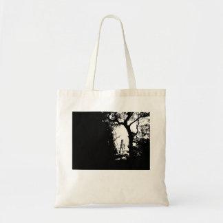 Homem-lobo no bolsa da floresta