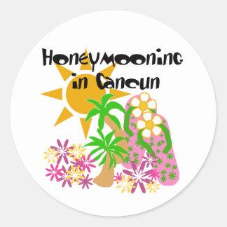 Honeymooning em Cancun Adesivo