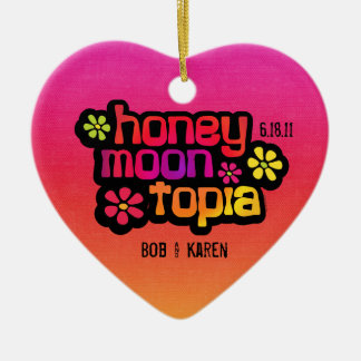 Honeymoontopia personalizou o ornamento