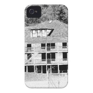 Hotel velho no esboço das montanhas capa para iPhone 4 Case-Mate