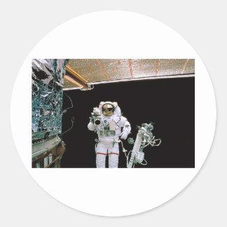 HUBBLE DA NASA EVA ADESIVO REDONDO