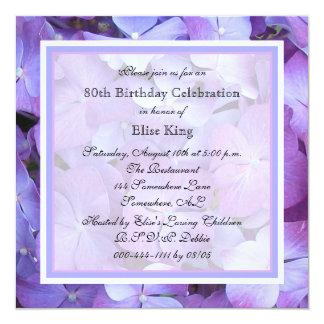 Hydrangeas do roxo do convite de aniversário do 80