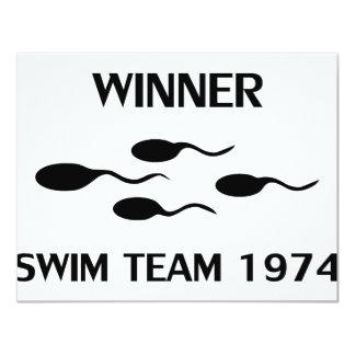 ícone 1974 da equipe de natação do vencedor convites personalizado