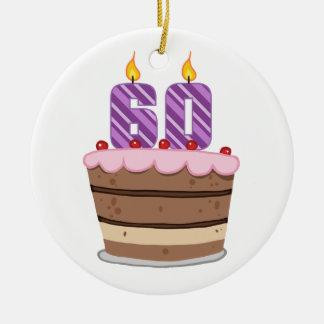 Idade 60 no bolo de aniversário ornamento de cerâmica redondo