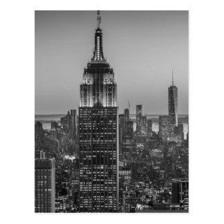 Ideia aérea preta & branca da noite da Nova Iorque Cartão Postal