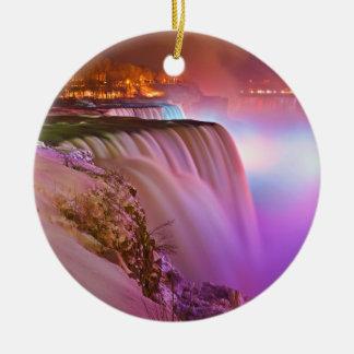 Ideia da noite do ponto da perspectiva do inverno ornamento de cerâmica redondo