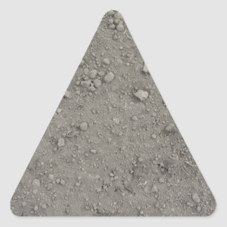 Ideia de ângulo alto da terra marrom adesivo triangular