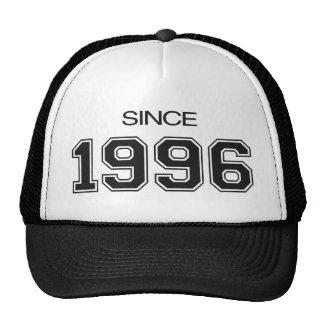 ideia do presente de aniversário 1996 bonés