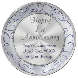 Ideias personalizadas para um aniversário do ano, pratos de porcelana