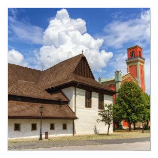 Igreja articulaa de madeira em Kezmarok, Slovakia Convite Quadrado 13.35 X 13.35cm