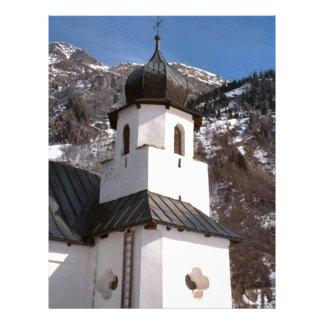 Igreja da montanha na neve papeis de carta personalizados