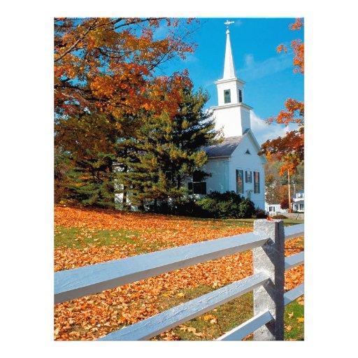Igreja do outono no esplendor Nova Inglaterra Modelos De Papel De Carta