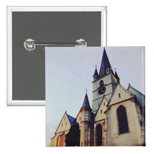 Igreja evangélica na noite botons