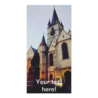 Igreja evangélica na noite cartao com foto