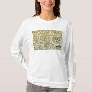 Ilha de deserto da montagem e costa do mapa de camiseta