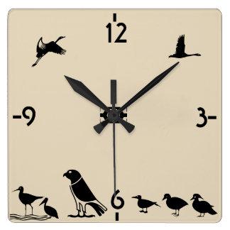 Ilha de pássaro relógio quadrado