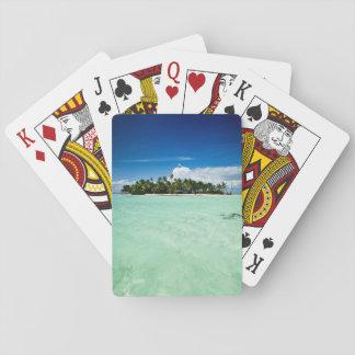 Ilha do Pacífico com a plataforma do póquer das Baralho