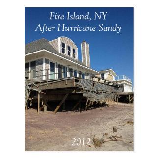 Ilha NY do fogo após o cartão 2012 de Sandy do