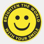 Ilumine o mundo com seu sorriso adesivos redondos