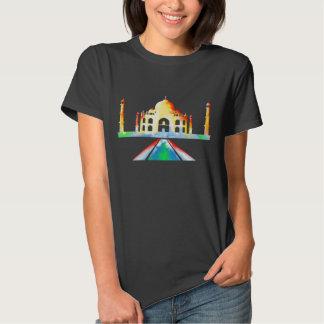 Ilustração colorida de Taj Mahal T-shirts