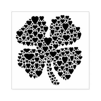 Ilustração do coração do trevo de quatro folhas carimbo de borracha