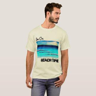 Im na camisa dos homens do tempo da praia