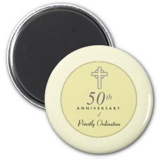 Imã 50th Aniversário do padre com cruz gravada