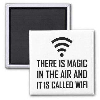 Imã A mágica no ar é Wifi