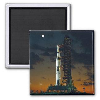 Imã A NASA do foguete de espaço de Saturn V