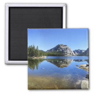 Imã Abóbada de Polly sobre o lago Tenaya - Yosemite