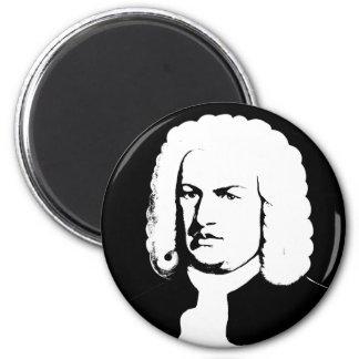 Imã Abstractamente e Johann Sebastian Bach em preto
