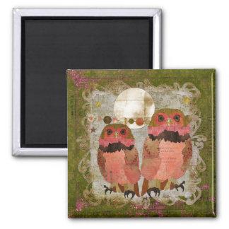 Ímã aciganado cor-de-rosa da azeitona das corujas ímã quadrado