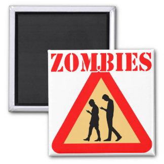 Imã Adolescentes do zombi com telemóveis