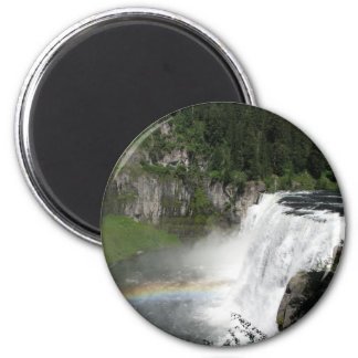 Imã Arco-íris da cachoeira